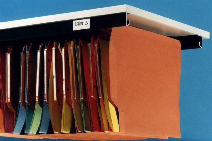 1000 id es sur le th me dossiers suspendus sur pinterest organisation de mur de bureau. Black Bedroom Furniture Sets. Home Design Ideas