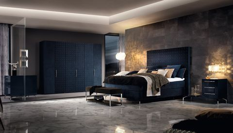 hülsta-Schlafzimmer mit Kleiderschrank Magnus und Boxspring-Bett BC 320