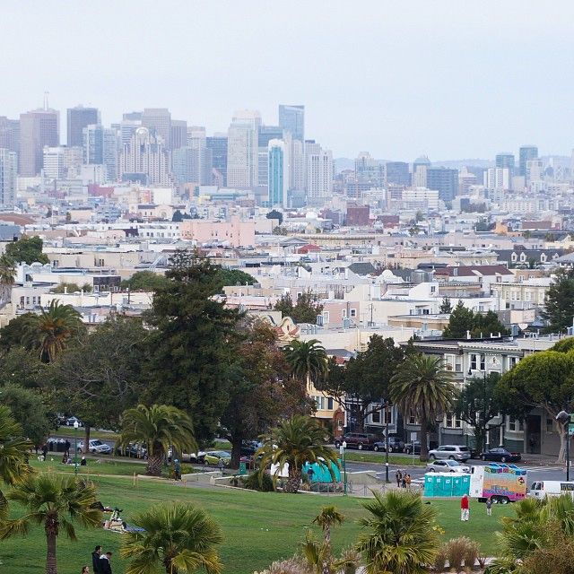 View over San Francisco from Mission Delores park  #missiondelores #park #view #city #sunday #missiondistrict #sanfrancisco