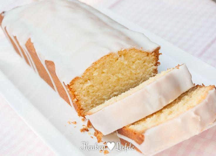 Deze citroencake heeft een frisse, verfijnde citroensmaak en is liefdevol bedekt met een knapperig, bitterzoet glazuurlaagje. Hemels! Heerlijk met een ...