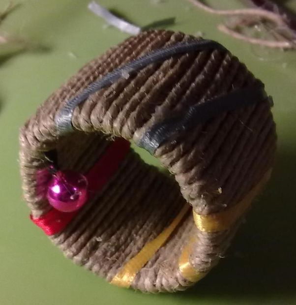 Picture of Rolling tone - cat toy links to tutorial of how to make one... a bit fiddly but easy enough.
