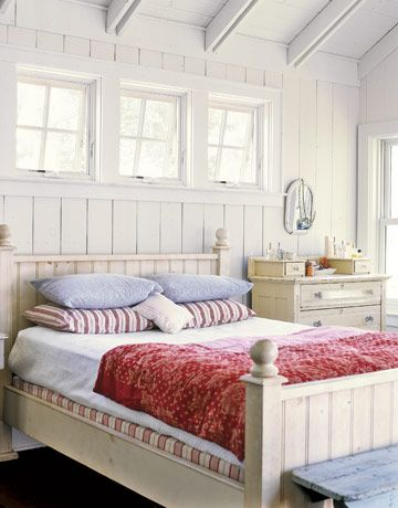 Subtle red-white-and-blue in this vintage master bedrooms in Marie Moss's (@m vintage) house.