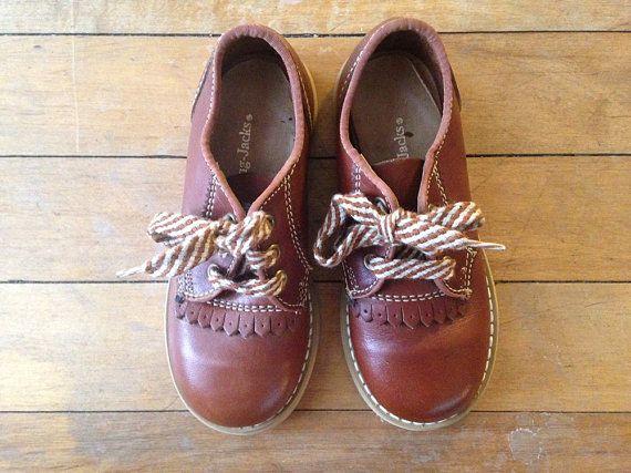 手机壳定制shoes official website usa Vintage JUMPING JACKS OXFORD Shoes  Beatrix and the Ghost