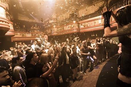 Las Vegas casino seeks to evict raunchy nightclub