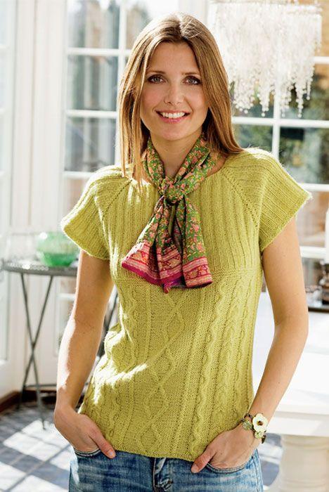 En sød bluse i aranstrik, der er perfekt til den danske sommer.