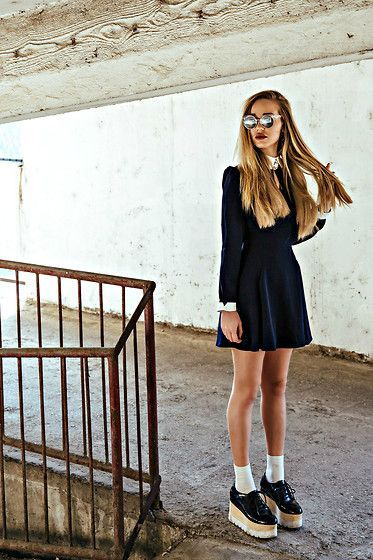 Petra Terešak - Quay Glasses, Wholesale7 Dress, Jeffrey Campbell Plats, H&M, Zara - Addams family