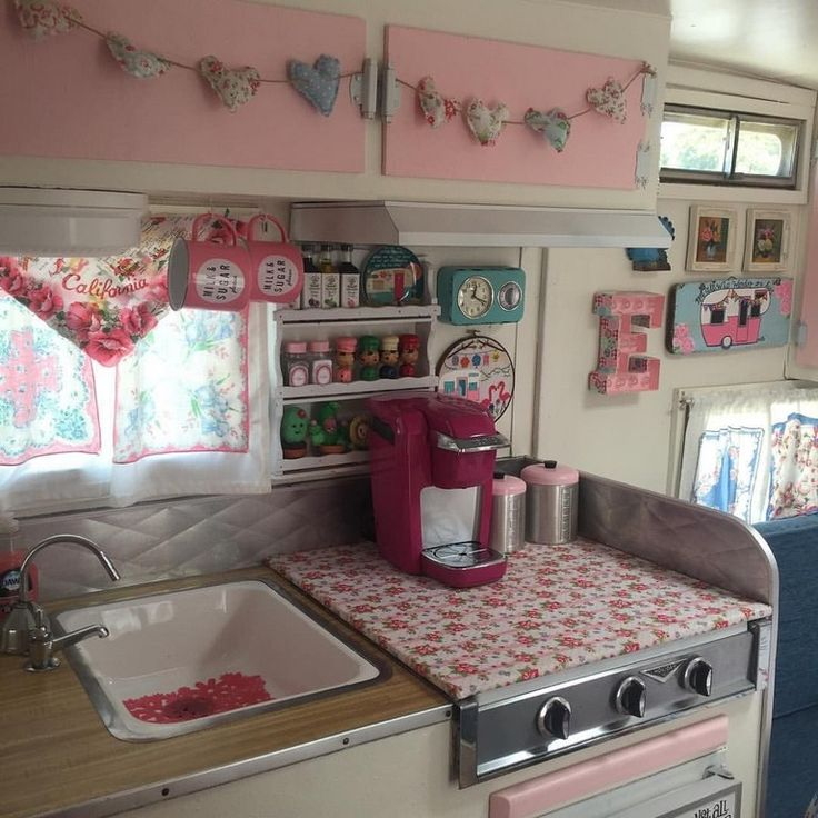 15 cute pink camper interior ideas - Camper Design Ideas