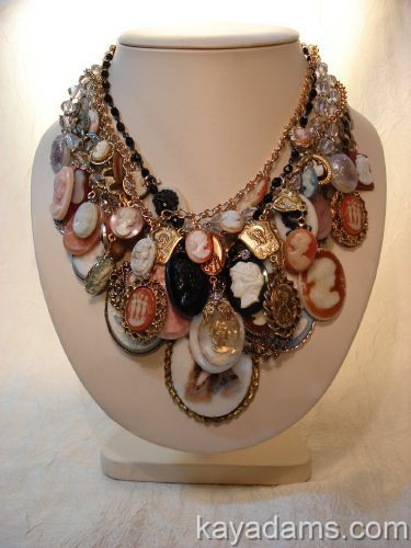 Now this is the one I want to make my sister who loves cameos.  So pretty.