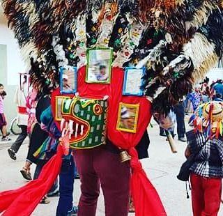 """Danza del Gigante en la fiesta de corpus cristi Suchiapa #chiapas  #chiapasasombroso #suchiapa #calala #chiapasmexico #chiapasmagico #chiapascultural #danzaschiapas #trip #tripchiapas #travelblogger #travelchiapasmexico #travelchiapas #chiapashastaenlapiel"" by @chiapas_hastaenlapiel (Chiapas hasta en la piel). #turismo #instalife #ilove #madeinitaly #italytravel #tour #passportready #instavacation #natgeotravel #mytinyatlas #traveldeeper #travelawesome #travelstoke #travelwriter…"