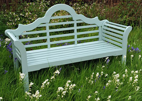 Are you sitting comfortably?  Choosing benches for your garden| Jardin