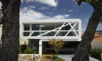 kleine Stadtvilla Sidney Australien gebaut minimalistische Architektur