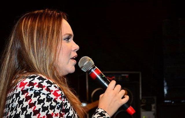 Confira As Musicas Mais Tocadas Da Cantora Gospel Sarah Farias