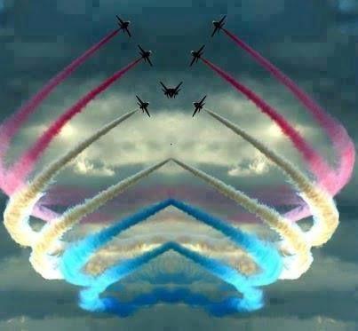 red arrows---Love patriotic hearts in sky!