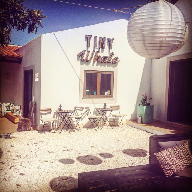 Tiny whale surflodge. Beautiful place to stay in Lagos Portugal Algarve