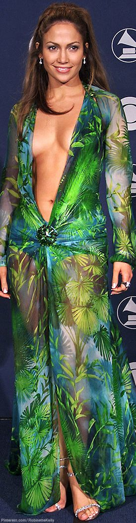 Red-Carpet Flashback | Jennifer Lopez in Versace, Grammy Awards, 2000 | The House of Beccaria#