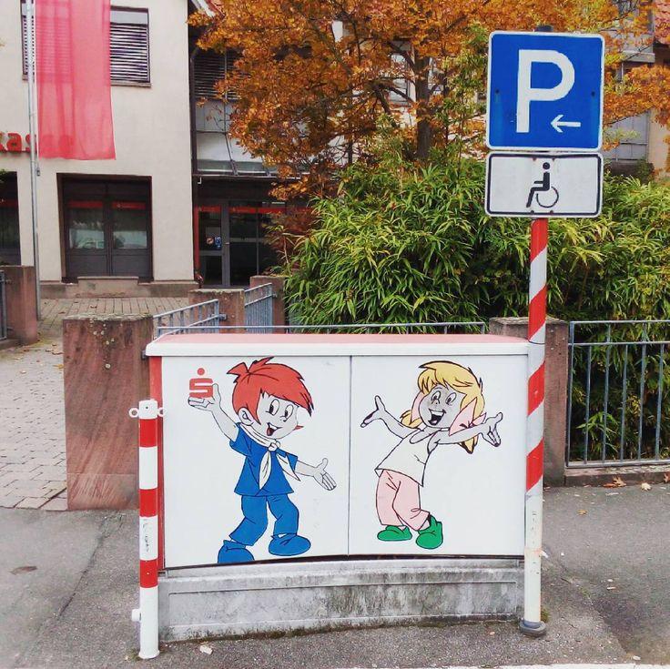 Für behinderte Besucher der Sparkasse  #stromkastenliebe #stromkasten #kastenkünstlerei #bellheim