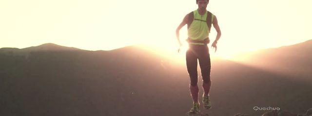 Quechua - Brand Movie by Hiking on the moon TV. Sur une douce mélodie composée par Chut on vous écoute, Quechua vous présente sa marque, ses produits, son univers et ses partenaires.