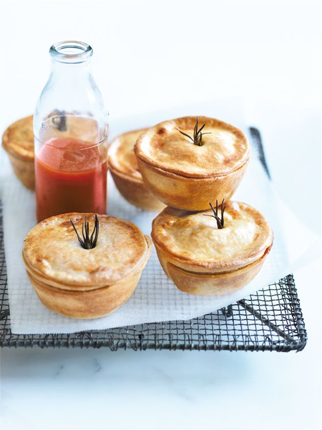 lamb, mint and rosemary pies add worcestershire sauce/red wine, mushrooms