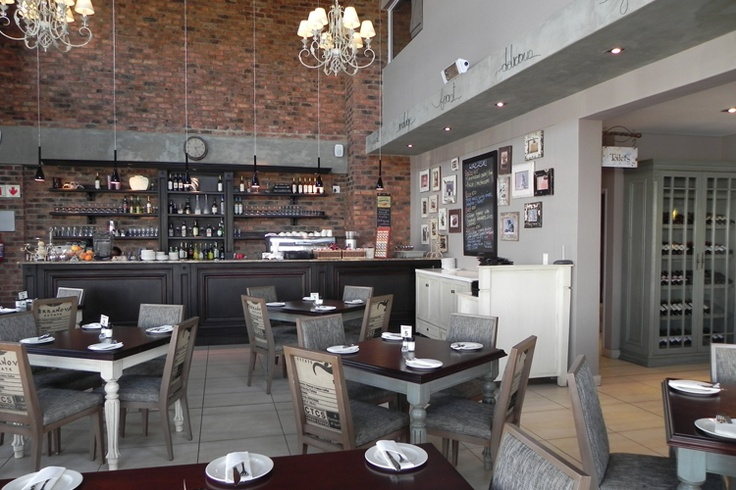 Junipa's - Its bistro-style fare has made Junipa's hugely popular. Alongside the restaurant is the artisan bakery, which specialises in bread, croissants, patisserie, pies and muffins. Pop in and take something home with you.