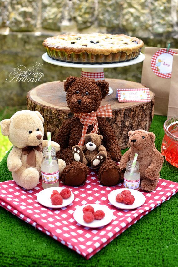 A whole printable party set covered in a series of handpainted teddies!  Teddy bear picnics are so much fun! And it cant possibly be a picnic