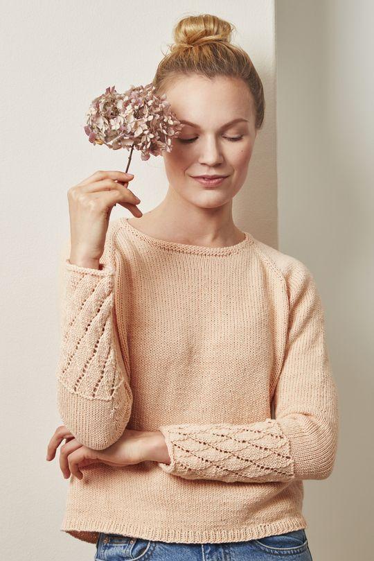 Women's seamless sweater made with Novita Wool Cotton #knitting #knitwear #knit #sweater https://www.novitaknits.com/en