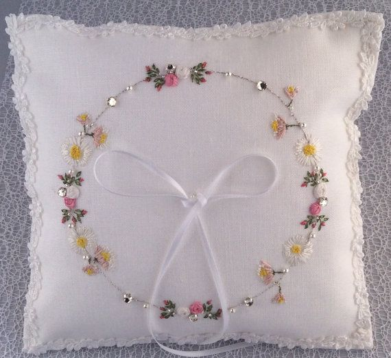 Unique embroidered ring pillow by MadeToMarry on Etsy & 311 best Wedding Ring Pillows.... images on Pinterest   Ring ... pillowsntoast.com