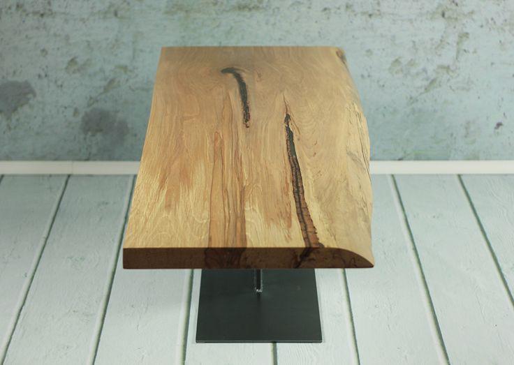 Ława w stylu loft wykonana ręcznie z litego drewna bukowego. Zajmujemy się produkcją nowoczesnych stołów live edge zalewanych żywicą epoksydową.