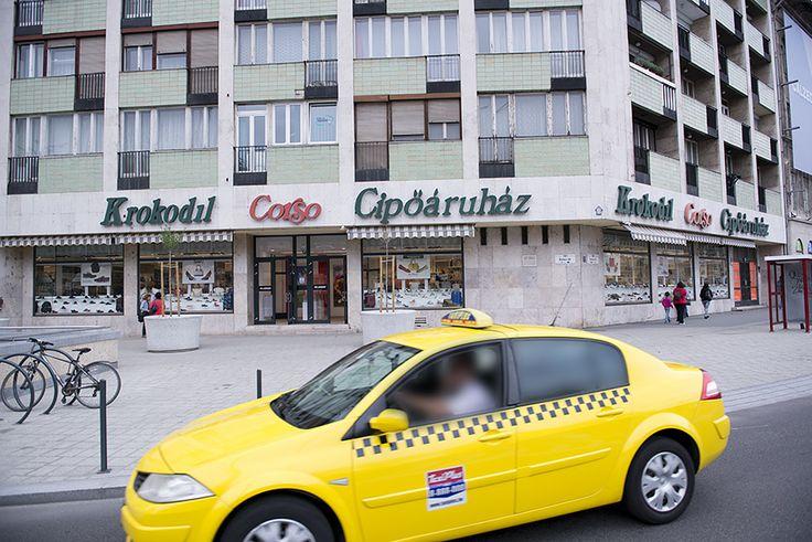 Krokodil Corso Cipőáruház itt: Budapest