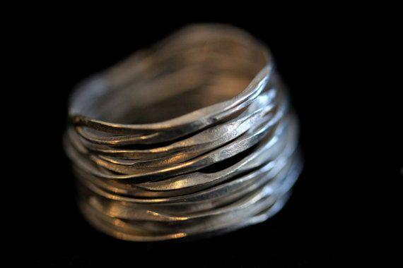 Handgemaakte gehamerd zilver draad 98% zilveren ring (R0005)