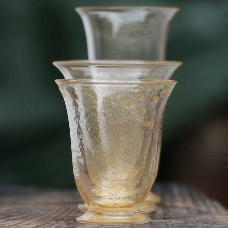 Lightweight, gold-leaf covered drinking glasses #yourmurano #glassart #shopping