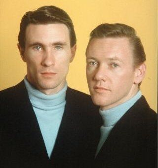 the righteous brothers | Photo The Righteous Brothers - Image 6 - GreatSong