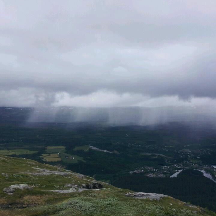 Lokale regnbyger over Korgen