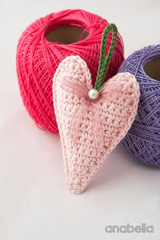 Crochet hearts free pattern by Anabelia