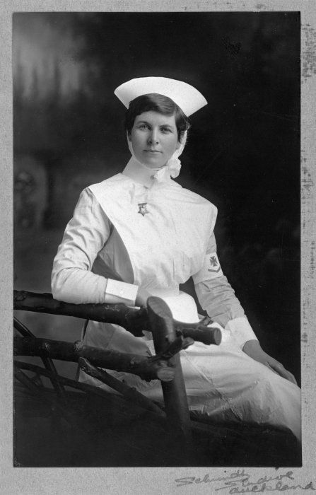 Unidentified nurse in uniform - Photograph taken by Schmidt Studios c1910