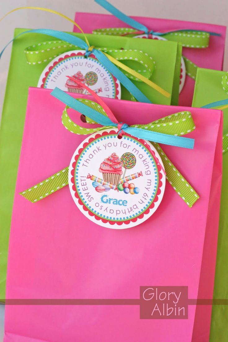 Candy favor bags - fill with lollipops, bubbles, crazy straws, tooth brush :)