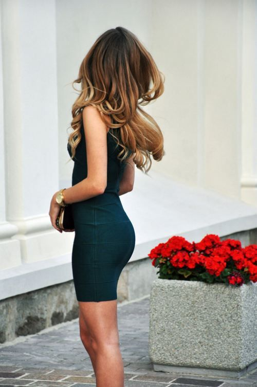 This is a perfect brunette to honey blonde  ombré!
