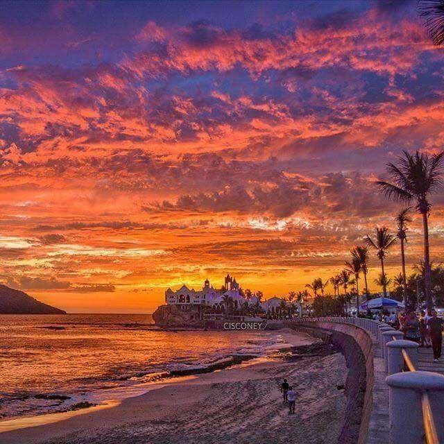 Sunset... In my beautiful Port of: Mazatlán, Sinaloa MEXICO. Puesta de  sol... En mi hermoso puerto de: Mazatlán, Sinaloa MÉ… | Mazatlan, Puestas  de sol, Paisajes