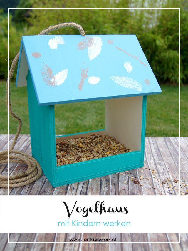 Una casa de pájaros con niños funciona   – DIY
