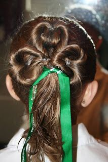 Lucky 'Do – Three Leaf Clover (one ponytail) ~ time requirement: 10-15 mins. This site has 6 more St. Patty hairdos, w/ step by step instructions!