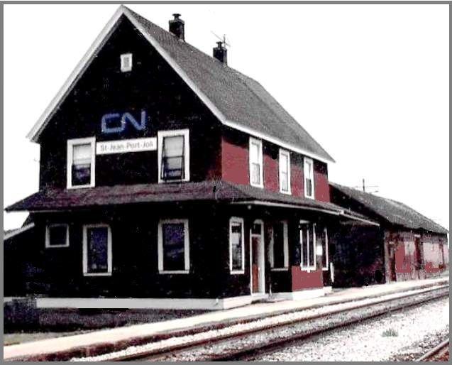 St-Jean Port-Joli, Québec - Station-la gare pres de RIVIÈRE-du-Loup - Canadian National Railways