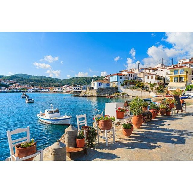 Ποιο χωριό σε ελληνικό νησί βρίσκεται στη 3η θέση της λίστας Best European Destinations με τα «διαμάντια» της Ευρώπης για το 2016; Μάλλον δεν το έχετε ακούσει καν!.......See more at: http://myroniailias.blogspot.gr/2016/03/blog-post_454.html