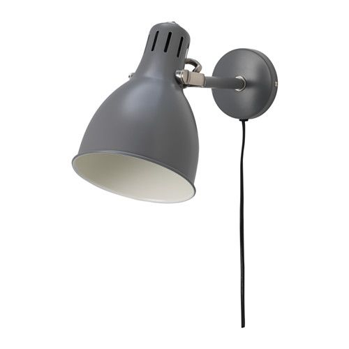 IKEA - ARÖD, Væglampe, , Du kan nemt pege lyset i den ønskede retning, fordi lampens arm er indstillelig.