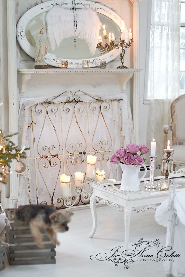 Dream Shabby Chic Living Room Designs I love the wire frame in front of the fireplace and the big mirror on the mantel.