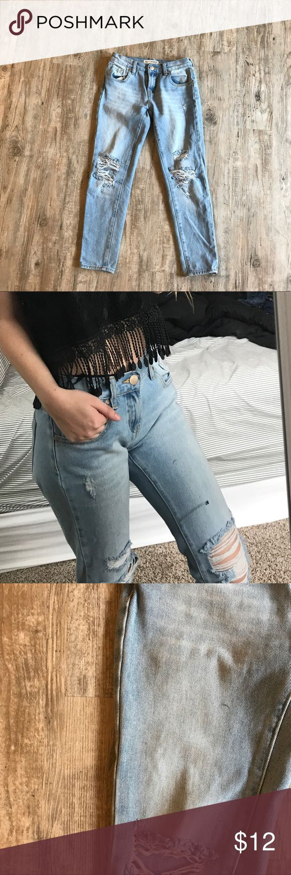 Pacsun Boyfriend Jeans Boyfriend jeans from pacsun (Bullhead),  they are in perfect condition other than a very small mark on one of the legs (third pic) it's not very noticeable but selling them cheap because of it. PacSun Jeans Boyfriend
