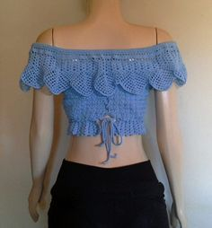 Bem meninas, como não encontei gráficos dessa blusa . Fiz algumas fotos, espero ter ajuda...