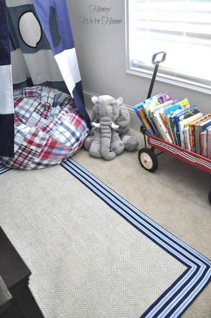 @Megan {Honey We're Home} created this reading nook for the Pottery Barn Kids and PBS KIDS' #BookNookChallenge. Like what you see? Learn more and vote!