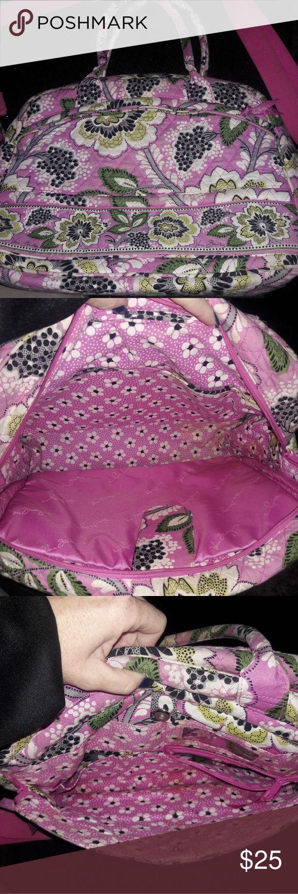 Vera Bradley laptop bag, large shoulder strap, Perfect for school work etc excellent shape and a super cute pink pattern. Vera Bradley Bags Laptop Bags