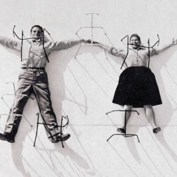 """""""Eames by Vitra"""". Una piccola mostra, per scoprire il mondo creativo di Charles e Ray Eames, maestri del design"""