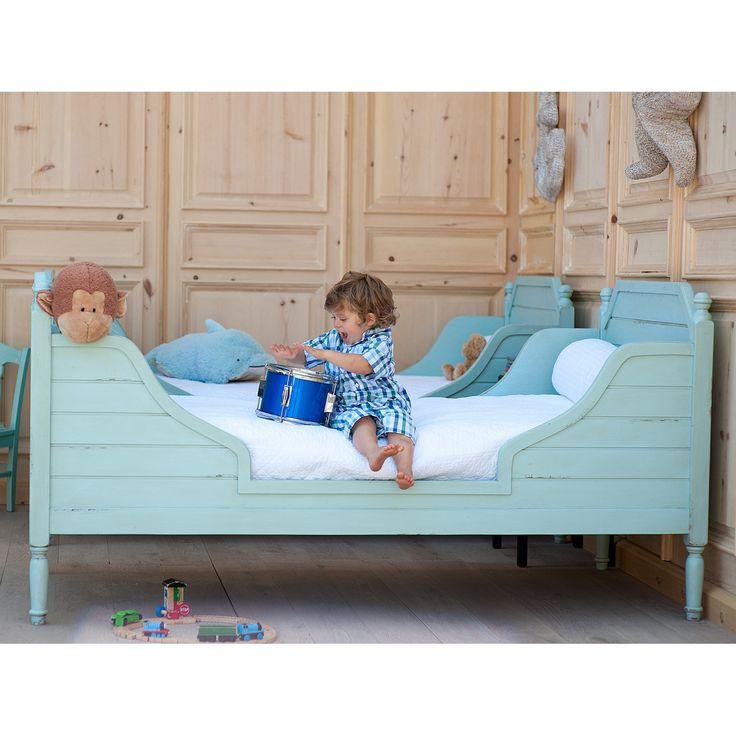 Bradshaw Kirchofer Beach House Bed #laylagrayce