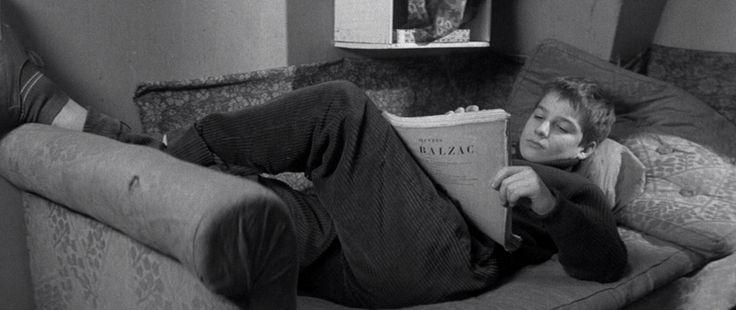 (Les 400 coups, Francia/1959) di François Truffaut (100') Soggetto: François Truffaut. Sceneggiatura: François Truffaut, Marcel Moussy. Fotografia: Henri Decaë. Montaggio: M